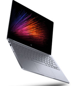 Xiaomi Mi Notebook Air z izbranimi komponentami